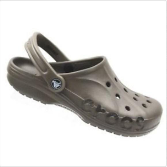 d8d6e5194 CROCS Shoes - NWOT CROCS Unisex Brown Classic Clogs